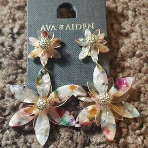 Floral Fashion Earrings Ava & Aiden